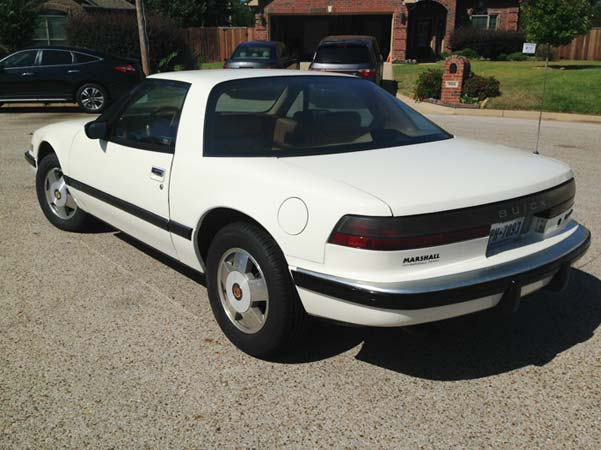 1988-42 White Coupe