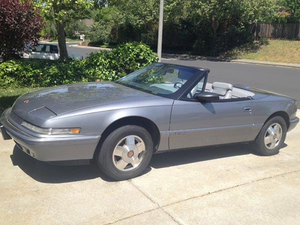 1990 Grey Metallic Buick Reatta Convertible $8,500